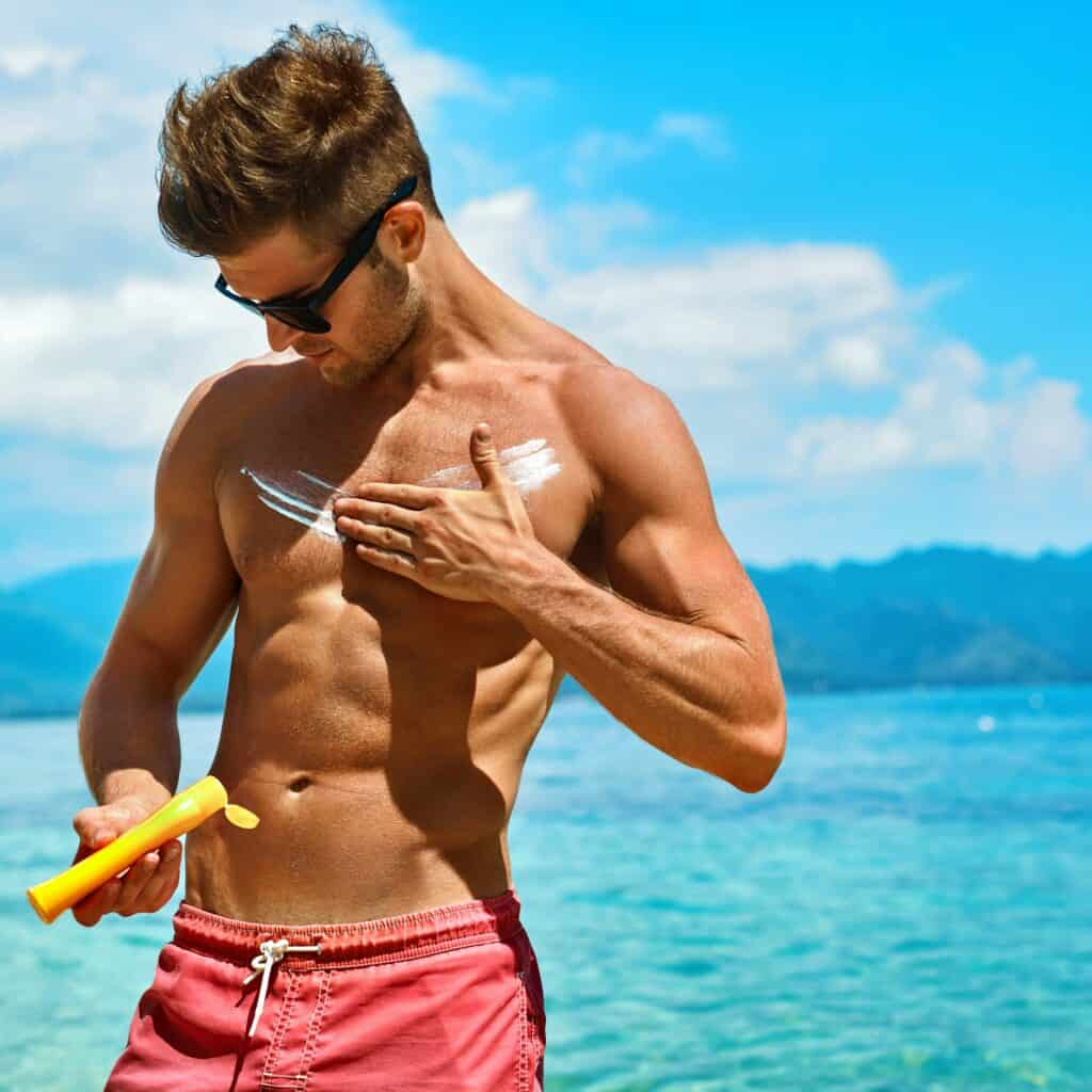Why You Should Know the Differences Between Chemical and Physical Sunscreens
